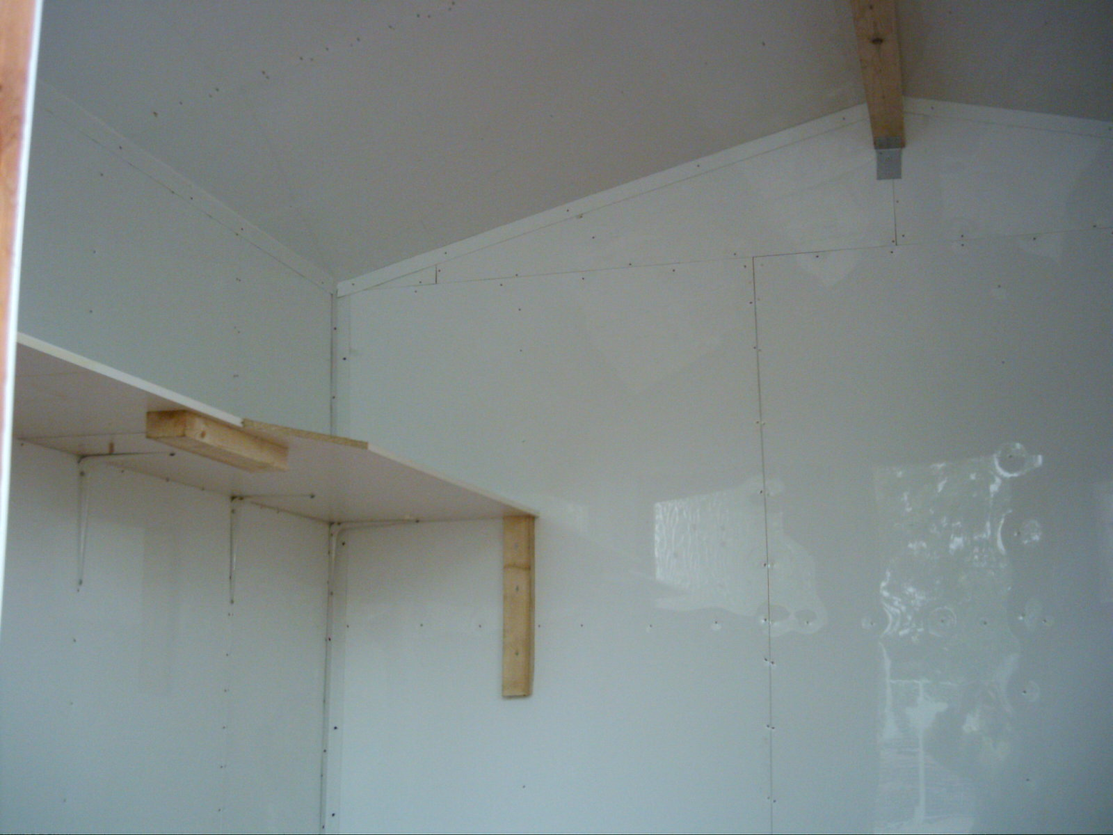 PVC CATTERY INTERIOR