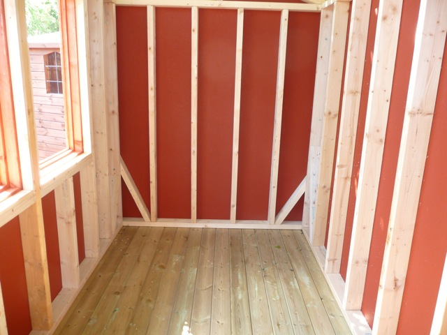 CEDAR SHED INTERIOR IN RED