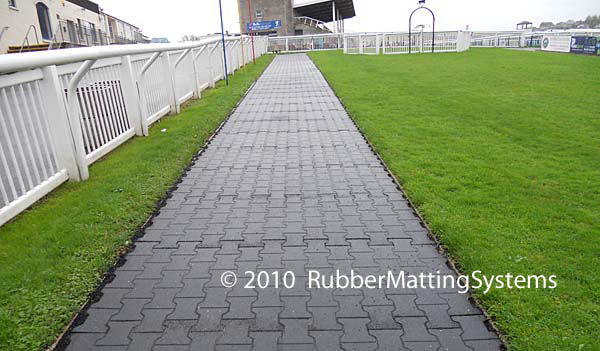 interlocking horse walker mats