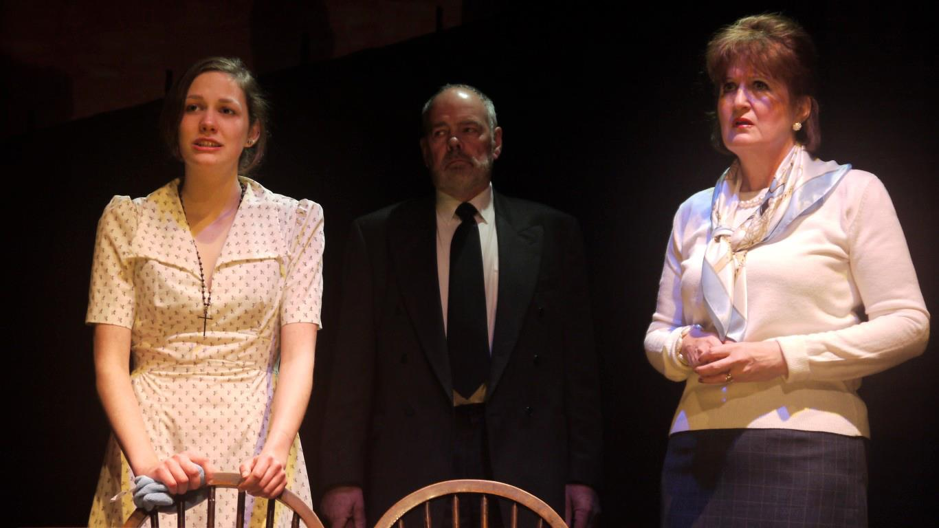 Anna Barker, Graham J. Evans and Yve Price in Blood Brothers